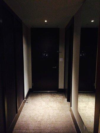 Kimpton Hotel Eventi: Entrada a la habitación