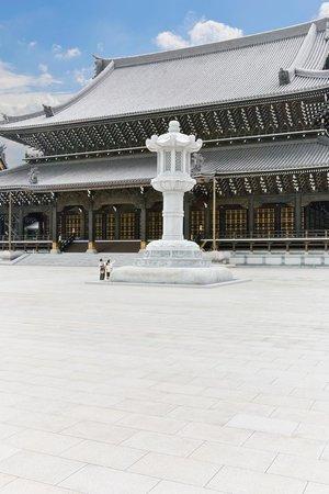 加東市, 兵庫県, 念仏宗無量寿寺 世界一 石灯籠