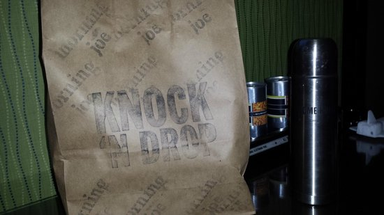 ACME Hotel Company Chicago : Knock and Drop breakfast & FREE coffee! Delish!