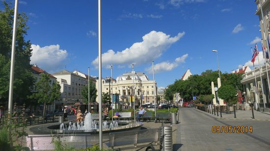 Marrol's Boutique Hotel Bratislava : Walking Distance from the hotel