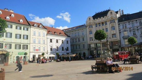 Marrol's Boutique Hotel Bratislava: Walking Distance from the hotel