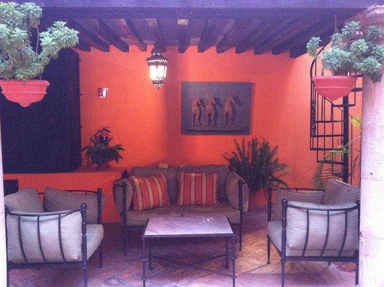 Belmond Casa de Sierra Nevada: Courtyard