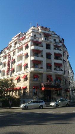 Eden Hotel Geneva : confortavel