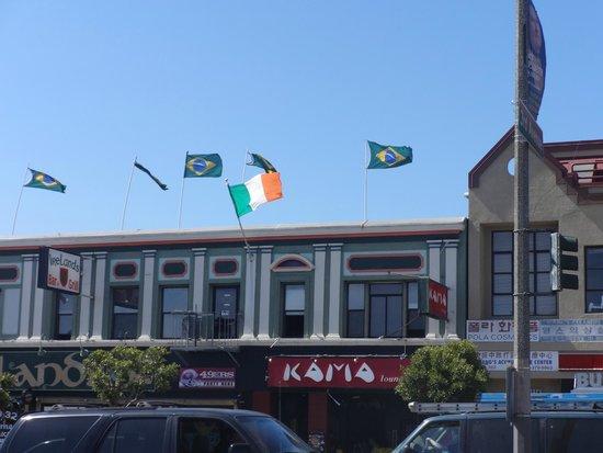 Ireland's 32