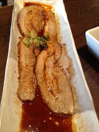 Geko-Tei: Hot appetizer: roast pork