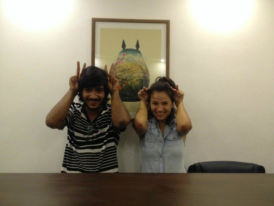 Drift BnB Colombo: reception cuties