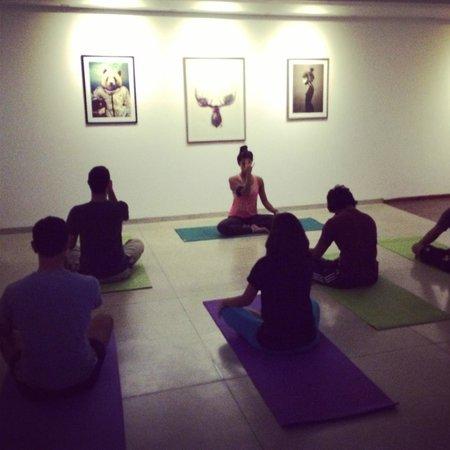 Drift BnB Colombo: yoga session at drift
