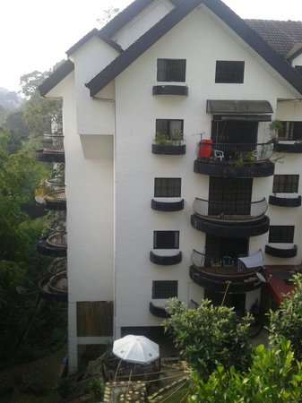 Genting View Resort: Ramin block