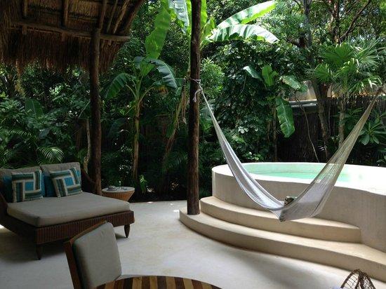 Viceroy Riviera Maya: Romantic patio