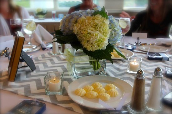 Oyster Point Hotel : Baby Shower Table