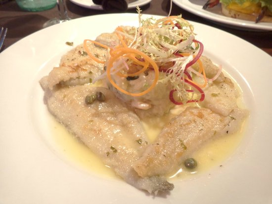 Isabella's on the Wharf: Pescadito con risotto