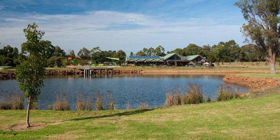 Cheeky Monkey Brewery and Cidery: Cheeky Monkey Lake and Jetty