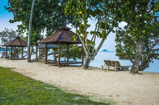 Gajapuri Resort & Spa: Beach Front