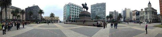 Plaza Independencia (Unabhängigkeitsplatz): Plaza Independencia