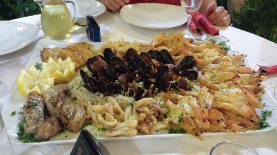 King Prawn : Креветки, рыба, осьминоги, кальмары, рис... Ммм!