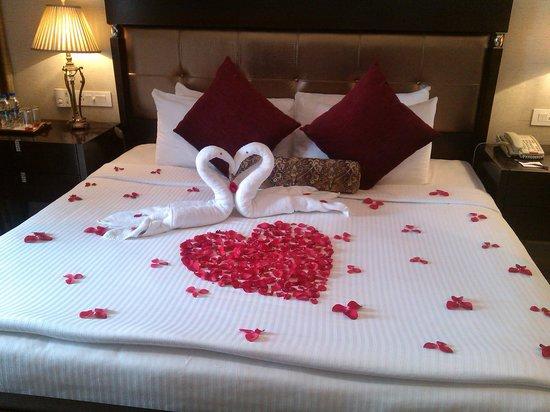The Raviz Resort & Spa, Kadavu: honeymoon arrangment