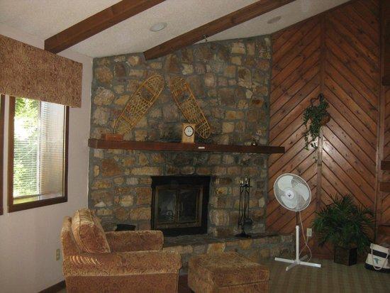 Highlands at Sugar: The living room