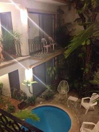 Hotel Banana: Inside