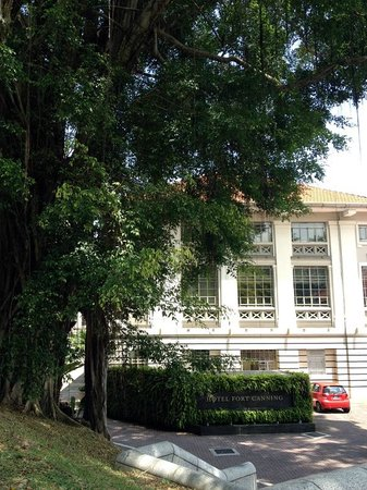 Hotel Fort Canning: Hotel front view