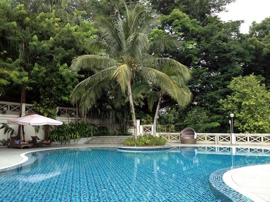Hotel Fort Canning : Pool on 2nd floor