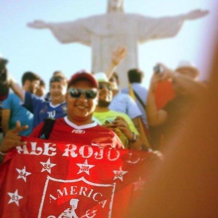 Statue du Christ Rédempteur : El Diablo Rojo en el Cielo Blanco