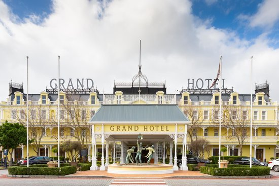Goodwood, South Africa: Exterior view of Grand Hotel