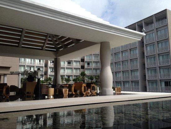 Grand Mercure Phuket Patong: Lobby area