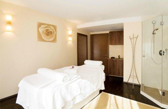 Kitz Garni Boutique Hotel: Massagebank im Wellnessbereich