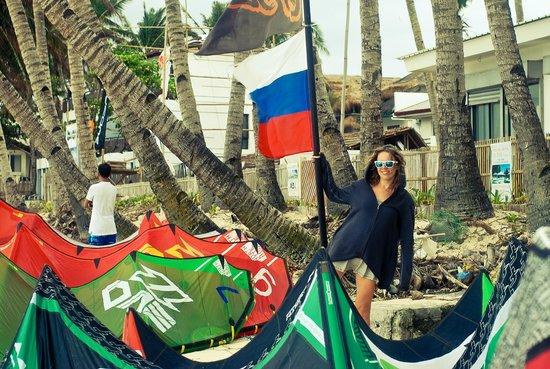 Bulabog Beach: кайты повсюду