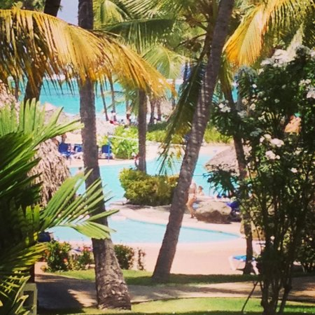 Bavaro Princess All Suites Resort, Spa & Casino: Pool and ocean view from room 303