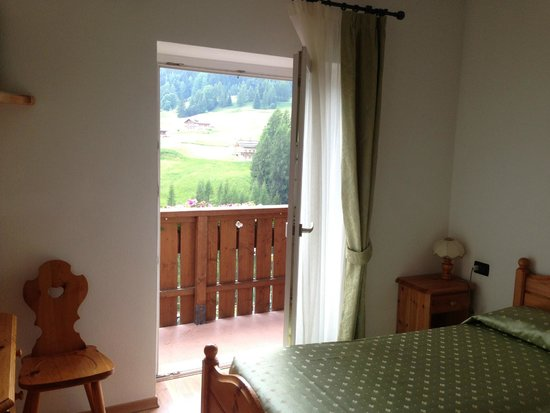 Hotel des Alpes: view from room, balcony