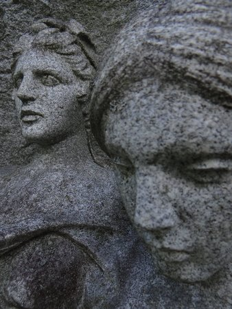 Oakwood Cemetery: so many great stones
