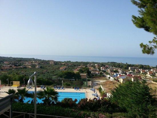 Residence Isabella Sport : vue mer et piscine