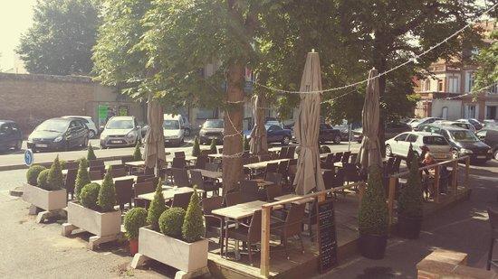 Le Bristol: Terrasse
