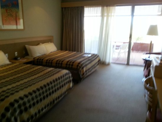 Desert Gardens Hotel, Ayers Rock Resort: Queen beds