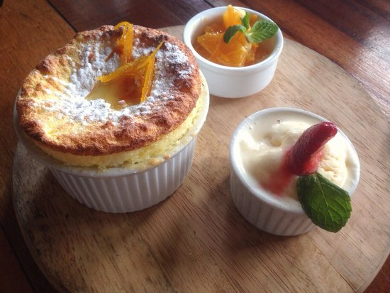 Party Play Lifestyle Cafe: Orange flavoured dessert