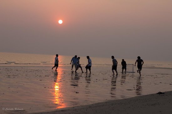 Rayong Marriott Resort & Spa: sunset in the beach