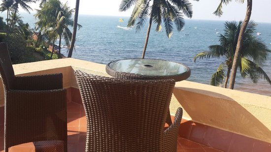 Vivanta by Taj - Fort Aguada, Goa : Private terrace adjoining our room
