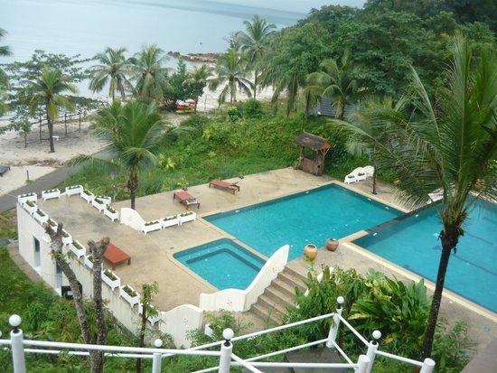 Kooncharaburi Resort Spa & Sailing Club: Территория отеля