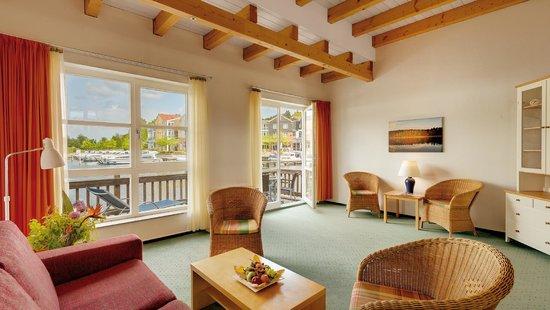 Urig Maritime Hafenkneipe Schute Picture Of Precise Resort Marina
