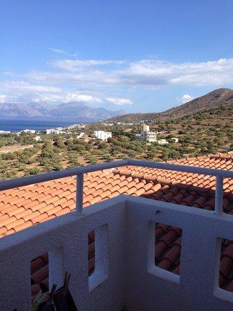 Elounda Water Park Residence: Stunning views from room 4 lovely room but noisy