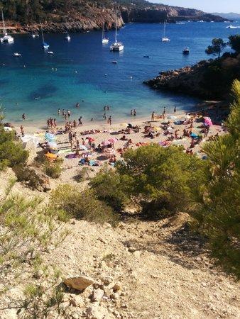 Playa Cala Salada: Smaller of the beaches