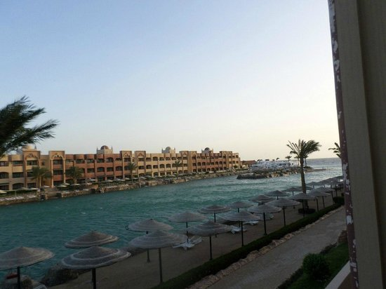 Sunny Days El Palacio Resort & Spa: Вид с балкона