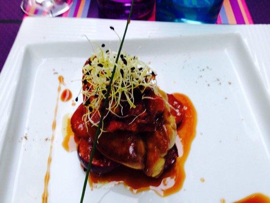 L'idée Saveurs : Escalopes de foie gras poêlées, figues et rhubarbe, confit de muscat de Frontignan