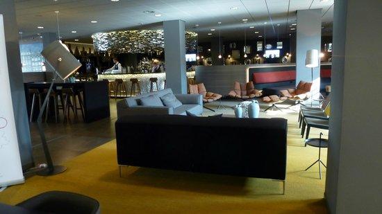 Mercure Hotel Amsterdam City : Zona de estancia
