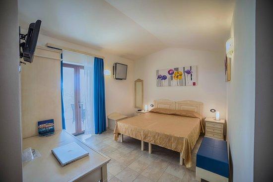 Hotel il Vascello: Camera matrimoniale