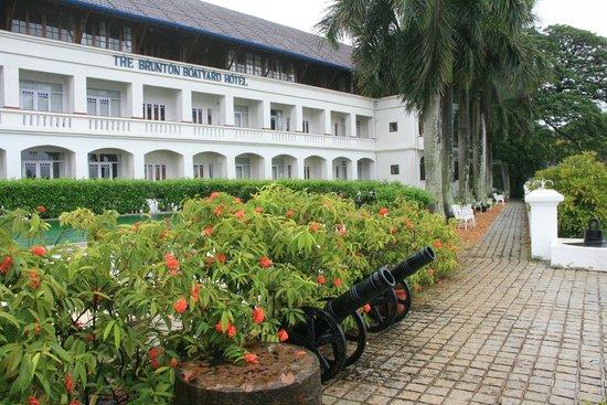 Brunton Boatyard Hotel