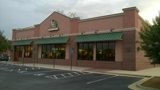 Chuck E Cheese 39 S Fayetteville Restaurant Reviews Phone Number Photos Tripadvisor