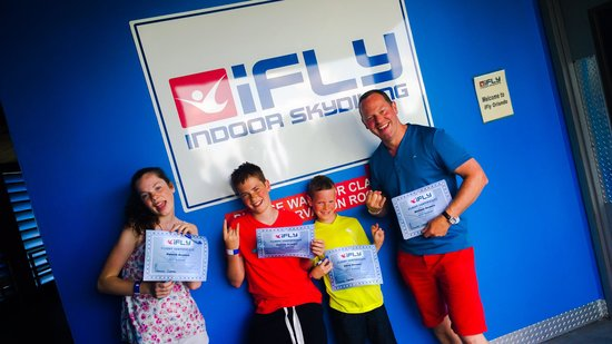 iFLY Orlando : Our flight certificates