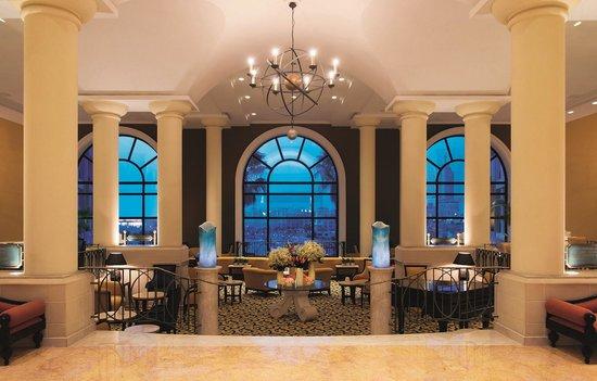 Corinthia Hotel St. George's Bay: Lobby